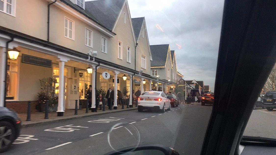 英国Bicester购物村一日游