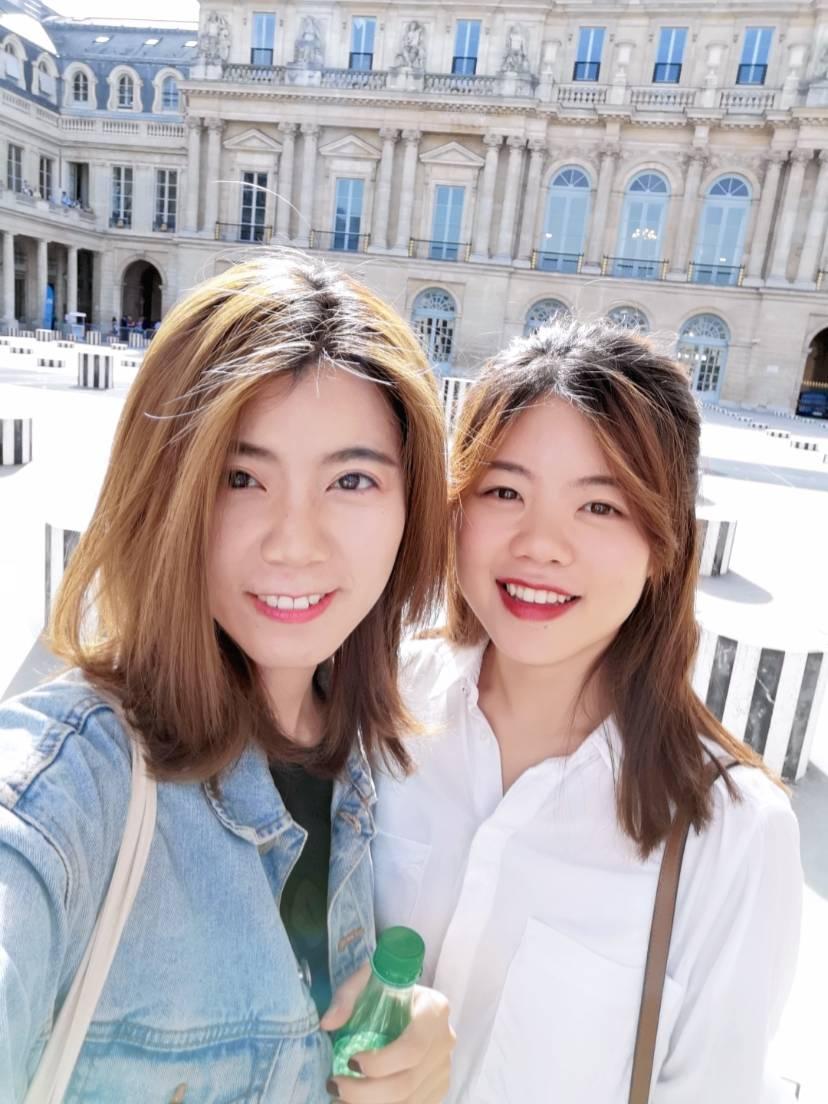 被坑来法国被我勾到巴黎的人儿