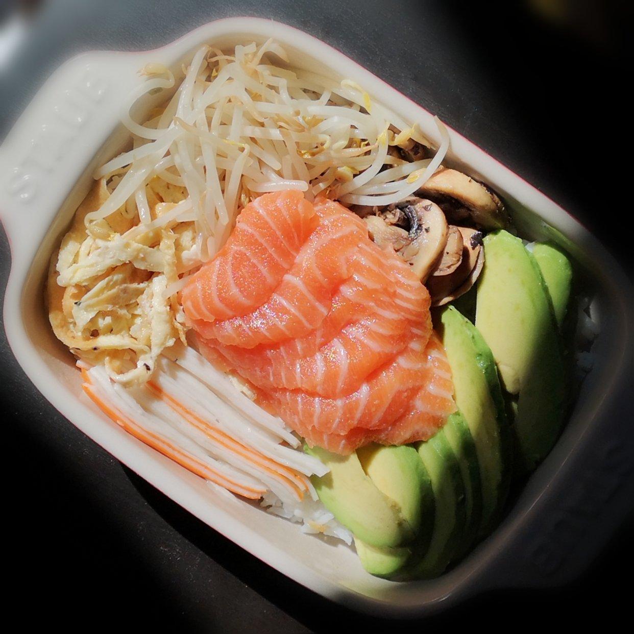 我又买到好吃的寿司三文鱼🐟啦~~