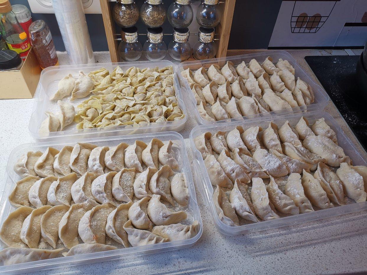 年夜饭肯定要有饺子,早上可以吃馄饨👏