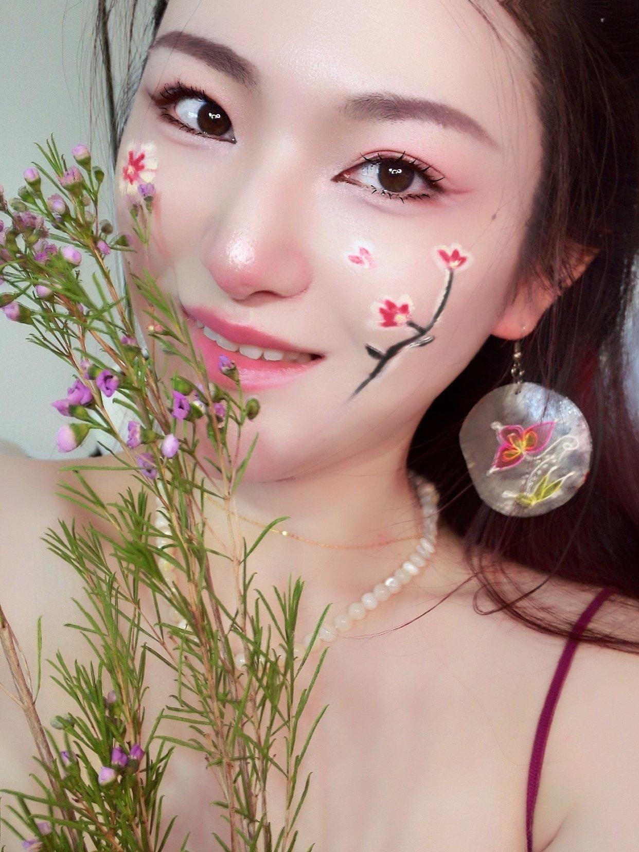化妆: 春色