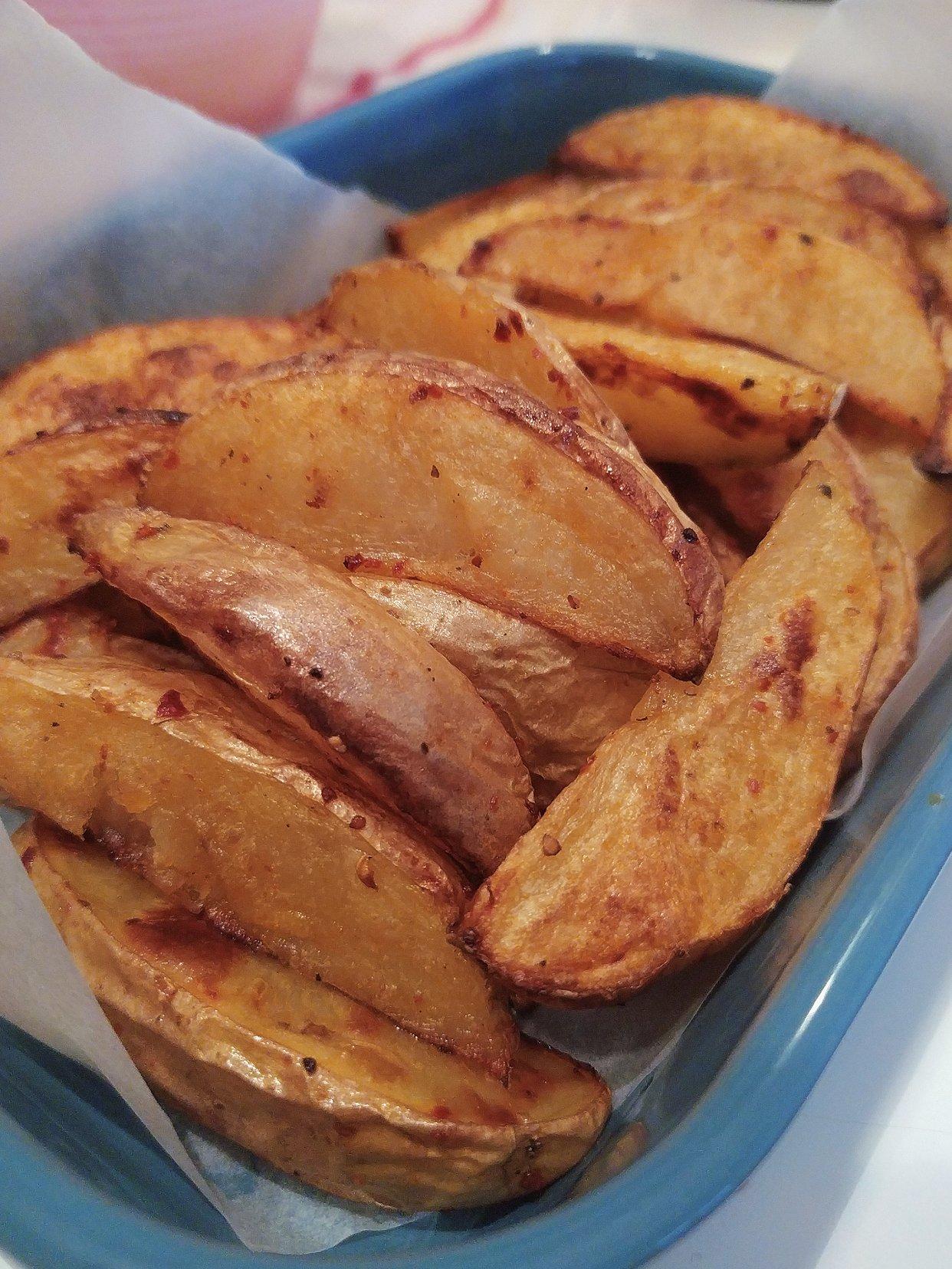 自制的烤箱薯角:非油炸也能享受的美味