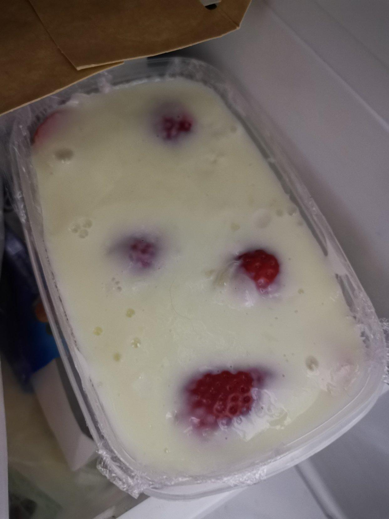 草莓小点心