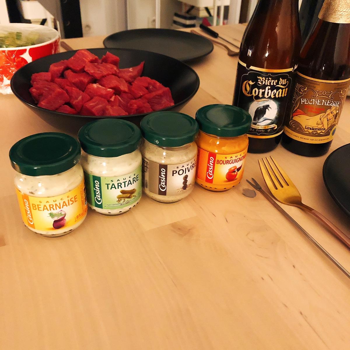 第一次吃fondue bourguignonne感觉好好吃