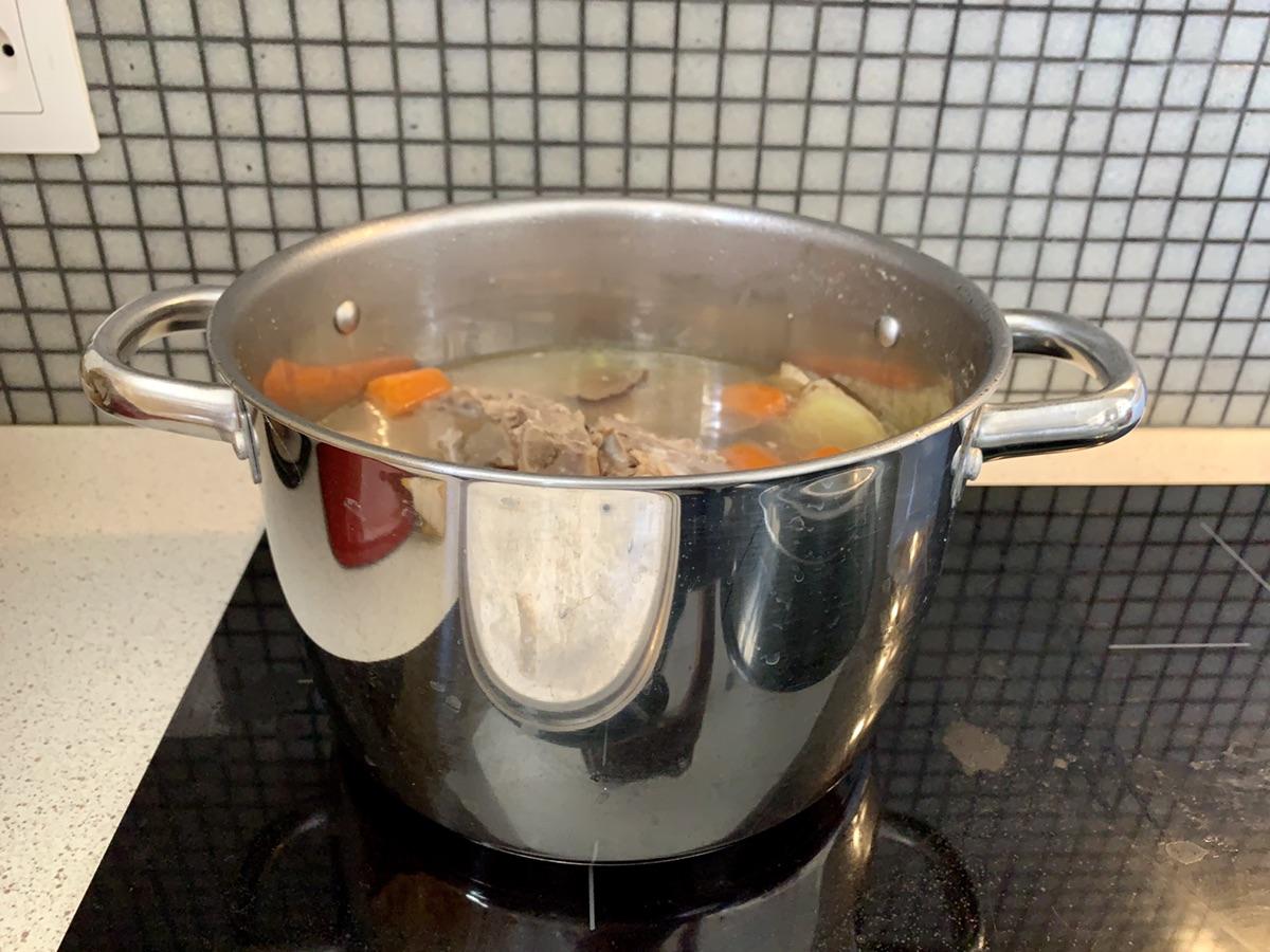 冬瓜玉米脊骨汤