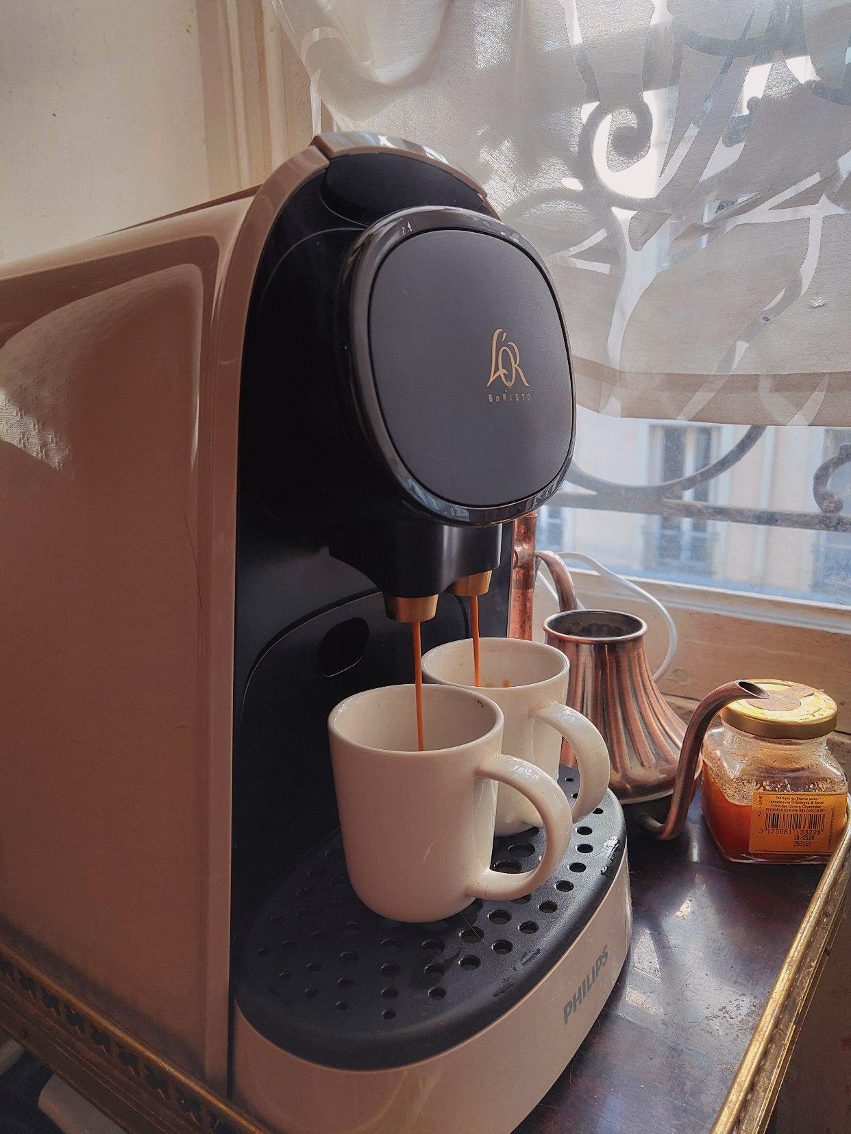 新咖啡机收到 也太帅了吧我窒息了!