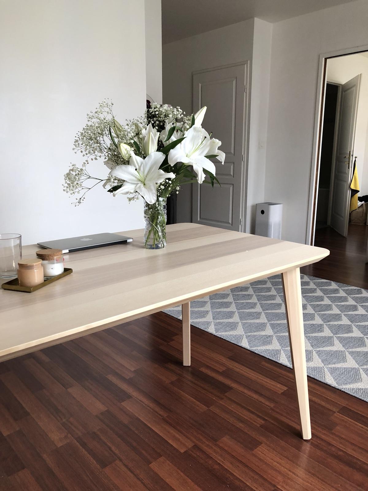 宜家新桌子VS古董旧桌子