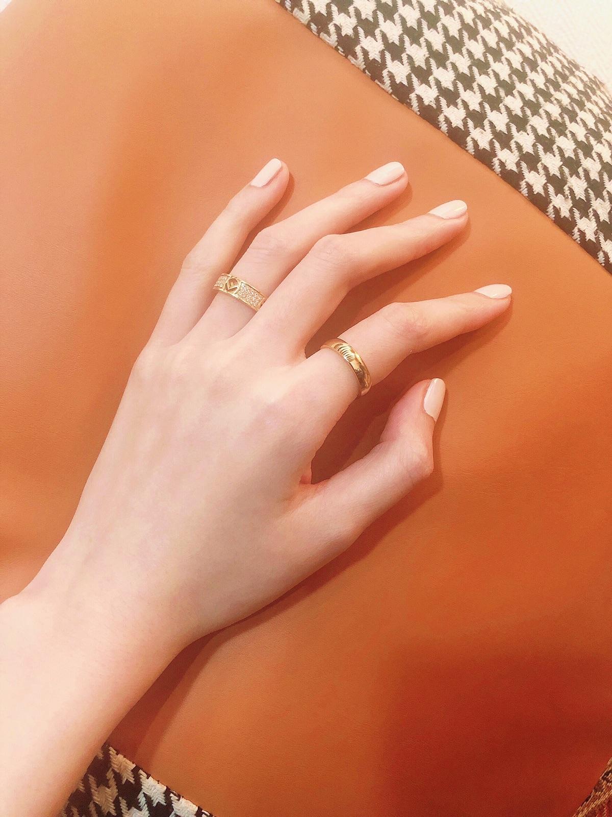 感觉应该认真给大家推荐一下这个神仙指甲油