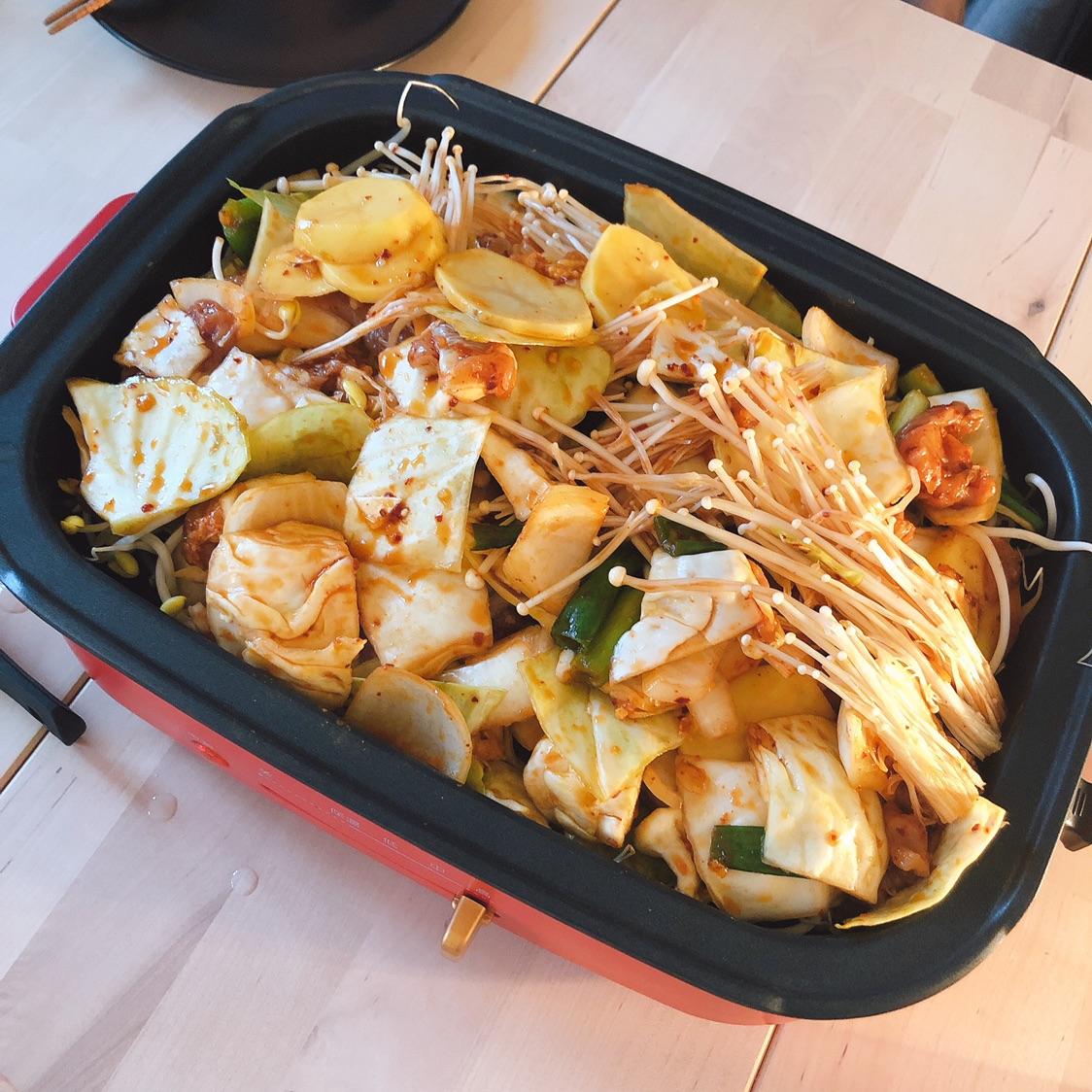 春川鸡和豆芽烤肉的融合😂