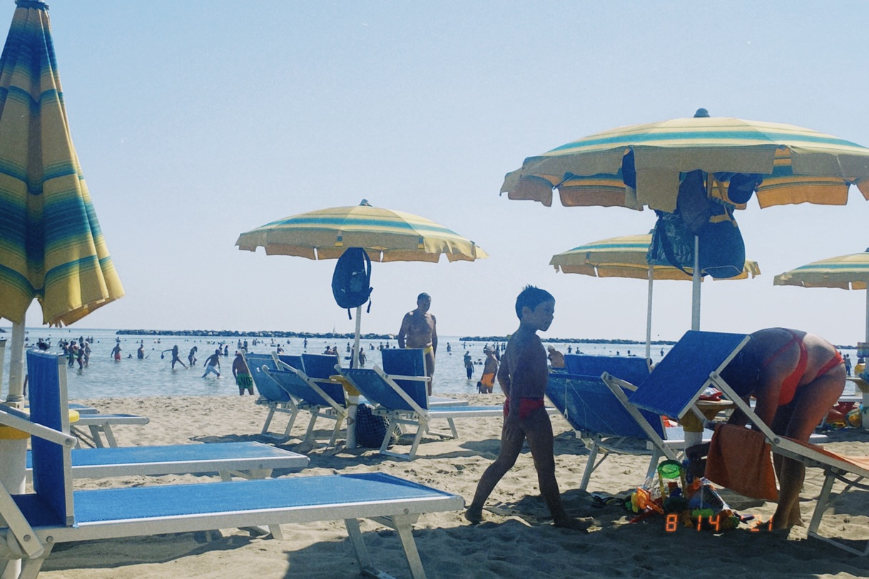 夏天去海边 感受意大利人民的精神面貌