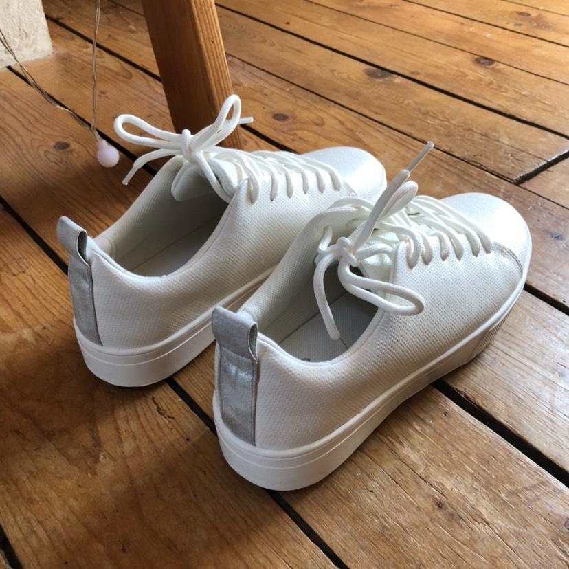 来晒小白鞋!夏天就爱小白鞋!
