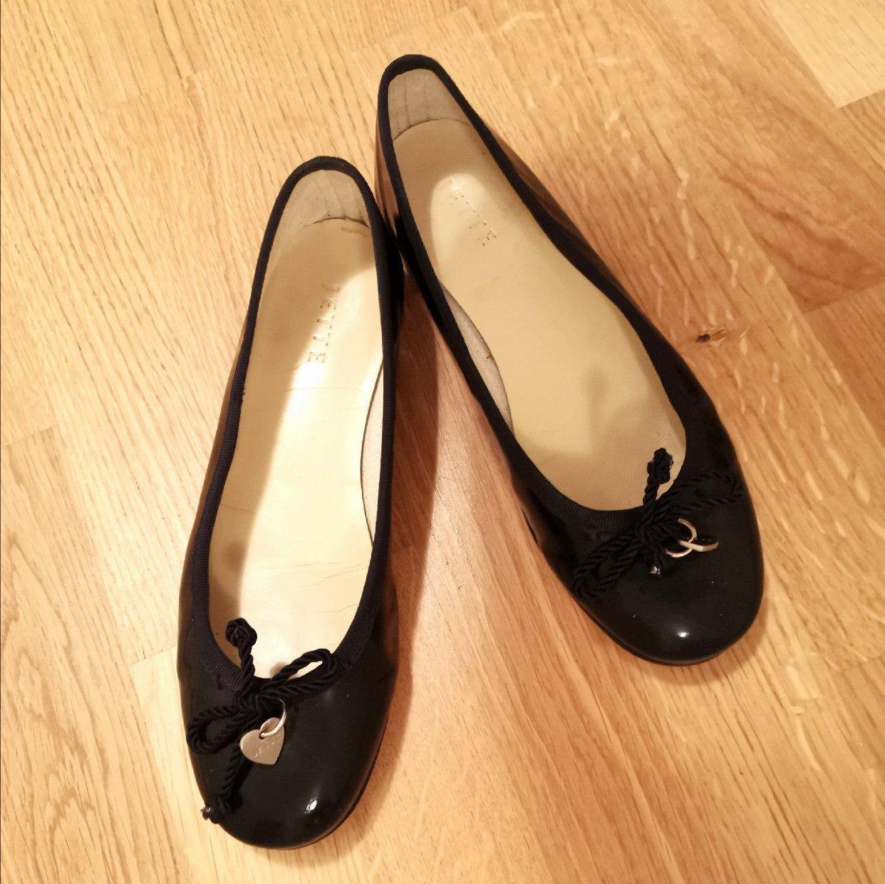 千脚蜈蚣女孩的鞋柜——No.1 平底芭蕾鞋
