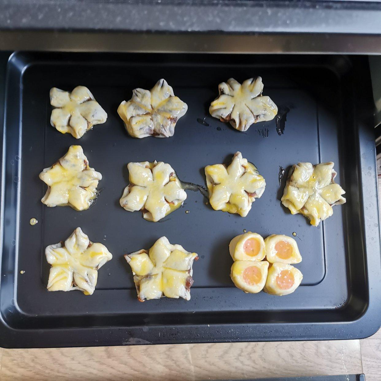 交作业 | 桃花酥&香肠小小酥