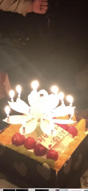 每年我麻麻的生日和母亲节我都缺席~